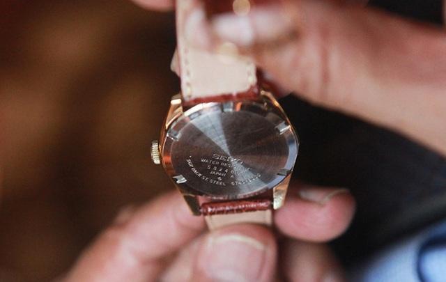 Mục sở thị bộ sưu tập đồng hồ cổ mạ vàng một thời bằng cả gia tài khủng - 11