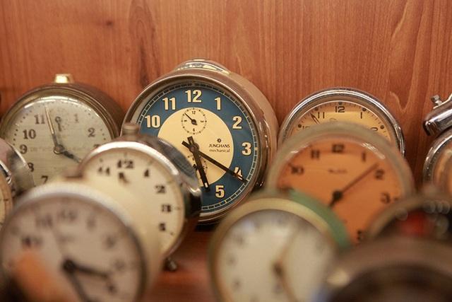 Mục sở thị bộ sưu tập đồng hồ cổ mạ vàng một thời bằng cả gia tài khủng - 12