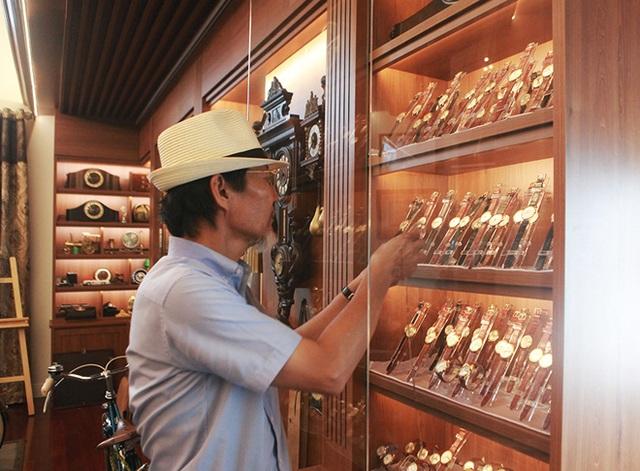 Mục sở thị bộ sưu tập đồng hồ cổ mạ vàng một thời bằng cả gia tài khủng - 4