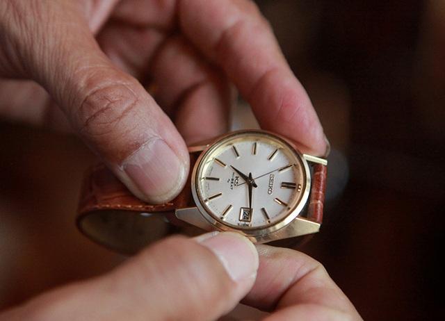Mục sở thị bộ sưu tập đồng hồ cổ mạ vàng một thời bằng cả gia tài khủng - 7