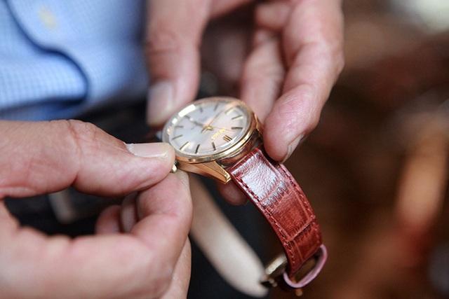 Mục sở thị bộ sưu tập đồng hồ cổ mạ vàng một thời bằng cả gia tài khủng - 9