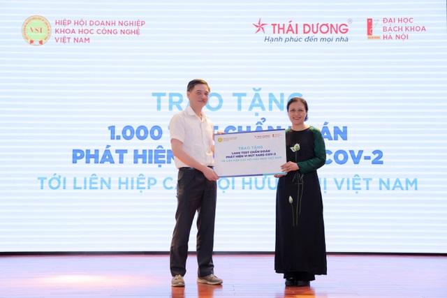 Việt Nam công bố thêm hai bộ kit chẩn đoán Covid-19 đạt chuẩn quốc tế - 5