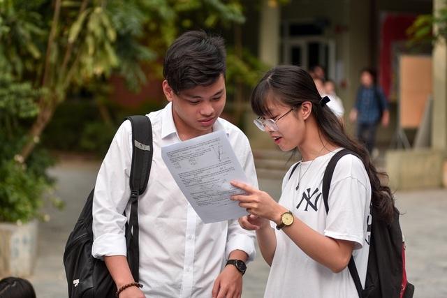 Bộ Giáo dục đề nghị 10 bộ, ngành phối hợp cùng tổ chức thi tốt nghiệp THPT - 1