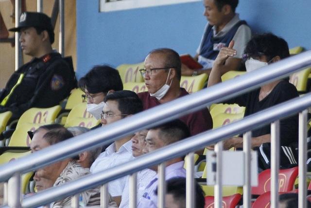 Thanh Hoá và SL Nghệ An chia điểm ở trận derby miền Trung - 1