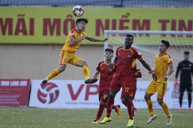 Thanh Hoá và SL Nghệ An chia điểm ở trận derby miền Trung - 2