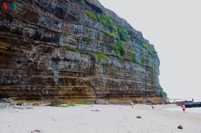 Khám phá đảo Lý Sơn - thiên đường biển xanh của Quảng Ngãi - 13