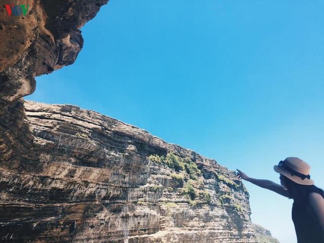 Khám phá đảo Lý Sơn - thiên đường biển xanh của Quảng Ngãi - 14