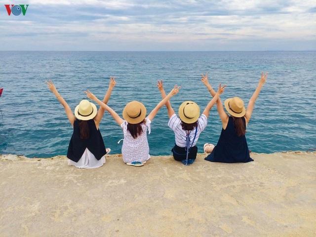 Khám phá đảo Lý Sơn - thiên đường biển xanh của Quảng Ngãi - 16