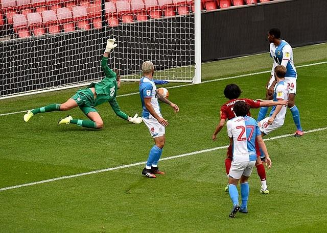 Thắng Blackburn 6-0, Liverpool sẵn sàng giành chức vô địch Premier League - 4