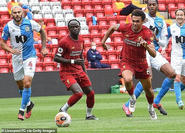 Thắng Blackburn 6-0, Liverpool sẵn sàng giành chức vô địch Premier League - 7