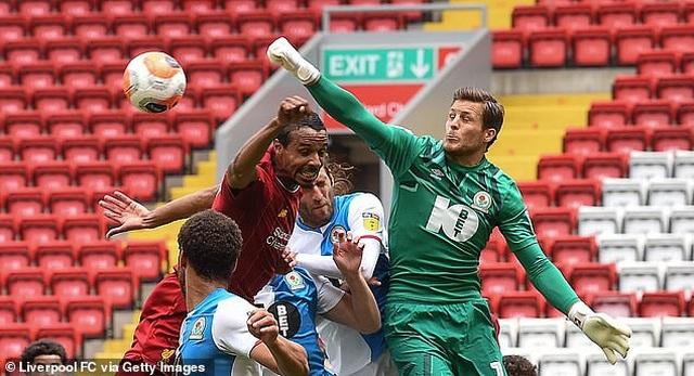 Thắng Blackburn 6-0, Liverpool sẵn sàng giành chức vô địch Premier League - 9