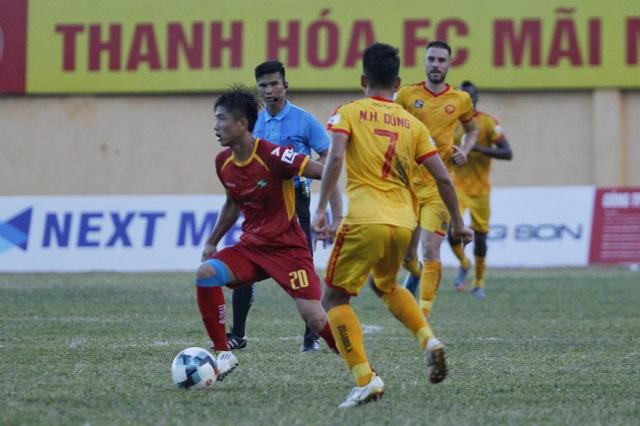 Phan Văn Đức quyết tâm ghi điểm với HLV Park Hang Seo - 1