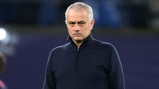 """Mourinho: """"Tottenham không thi đấu thêm giao hữu, chờ Man Utd"""""""