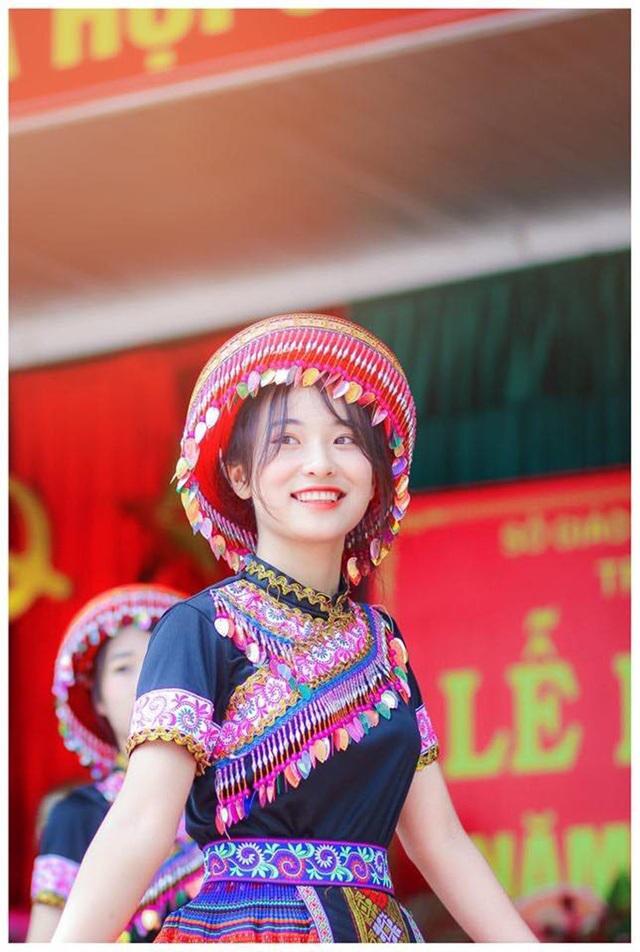 """Nữ sinh Thái Nguyên sở hữu vẻ đẹp đúng chuẩn """"thanh xuân vườn trường"""" - 2"""