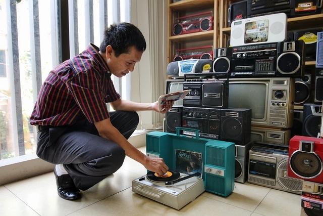Choáng ngợp bộ sưu tập 1.200 chiếc đài cassette độc nhất vô nhị Việt Nam - 3