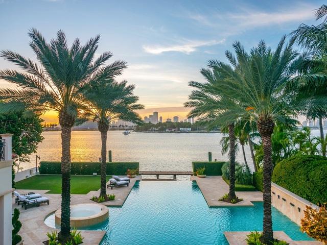 Bên trong dinh thự 40 triệu USD được bảo vệ 24/7 tại đảo nhà giàu ở Mỹ - 8