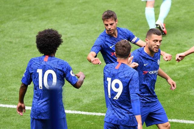Pulisic trở lại sau 6 tháng, Chelsea thắng 7 bàn trước QPR - 6