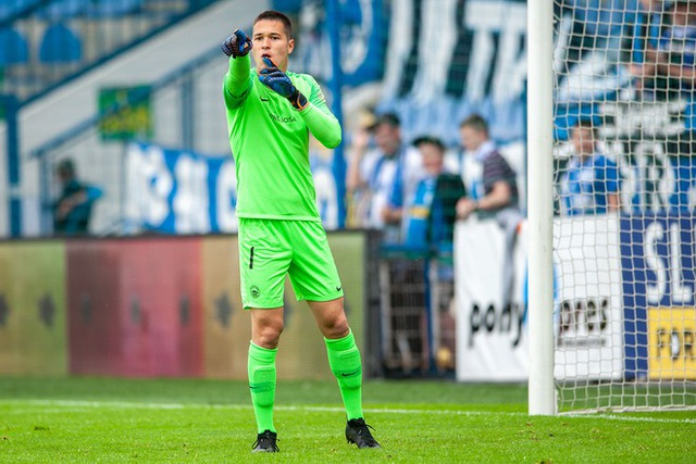 Filip Nguyễn trở lại ấn tượng, Slovan Liberec lọt vào vòng đua vô địch - 1