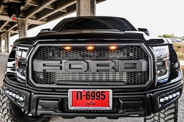 Những chiếc Ford Ranger Raptor được lên đời F-150 Raptor - 4