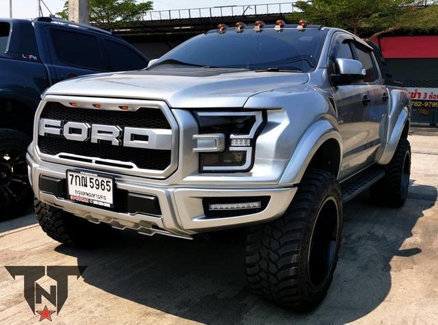 Những chiếc Ford Ranger Raptor được lên đời F-150 Raptor - 11