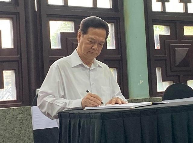 Lãnh đạo Đảng, Nhà nước viếng nhà tình báo huyền thoại Trần Quốc Hương - Ảnh minh hoạ 7