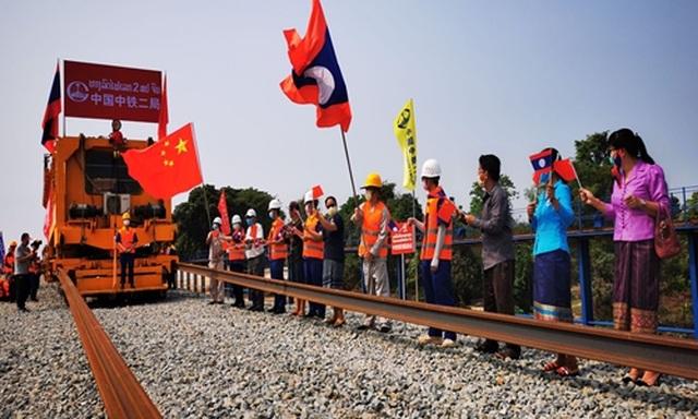 Lào có nguy cơ rơi vào bẫy nợ của Trung Quốc - 1