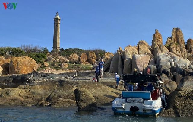 Đến Kê Gà ngắm hải đăng hoàng hôn và ….đi bộ trên biển - 2