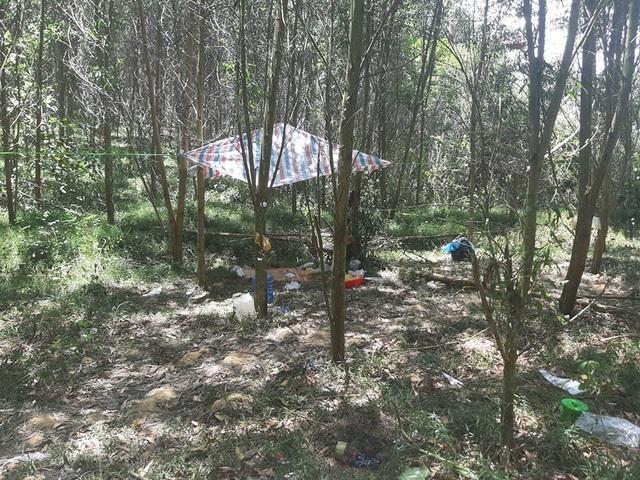 Vụ bé trai 5 tuổi tử vong trong rừng: Khởi tố nam sinh tội giết người - 1