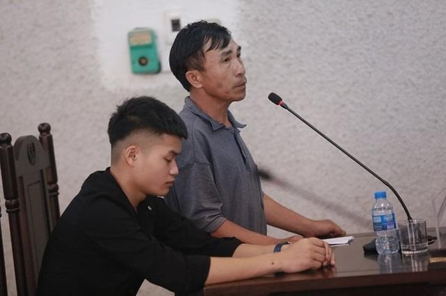 Bố nữ sinh giao gà ở Điện Biên đề nghị làm rõ cái thai trong bụng con gái - 2