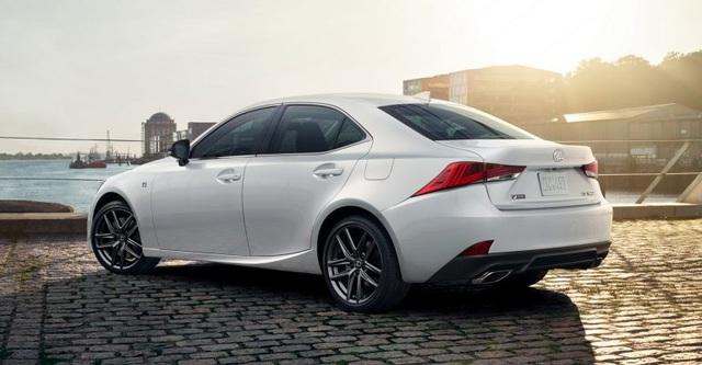 Lexus IS phiên bản nâng cấp 2021 có gì khác xe đời cũ? - 7