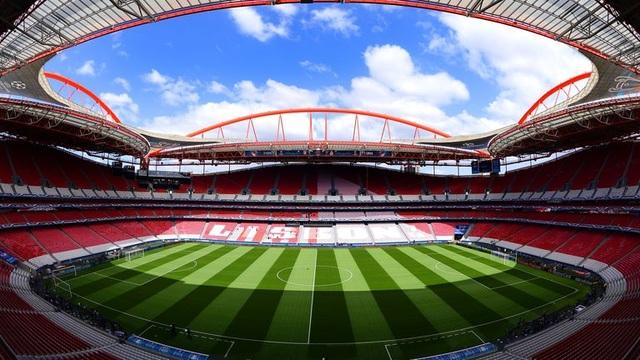 Champions League tổ chức theo thể thức mới lạ - 2