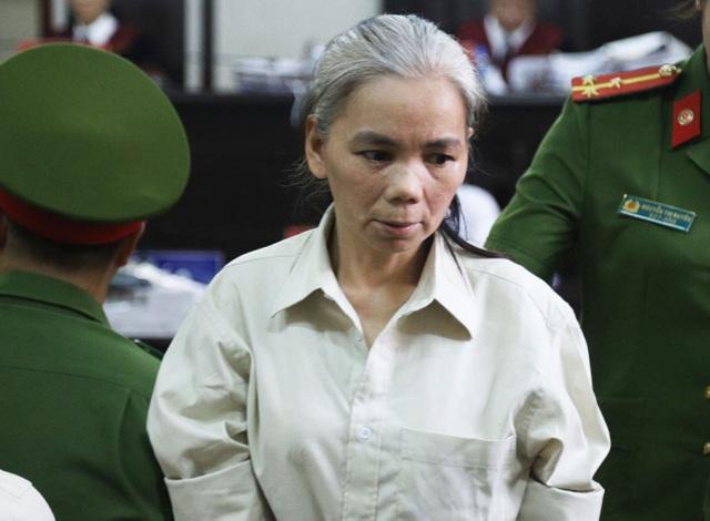 Vụ nữ sinh giao gà ở Điện Biên: Bùi Thị Kim Thu đánh bị cáo khác tại toà - 1