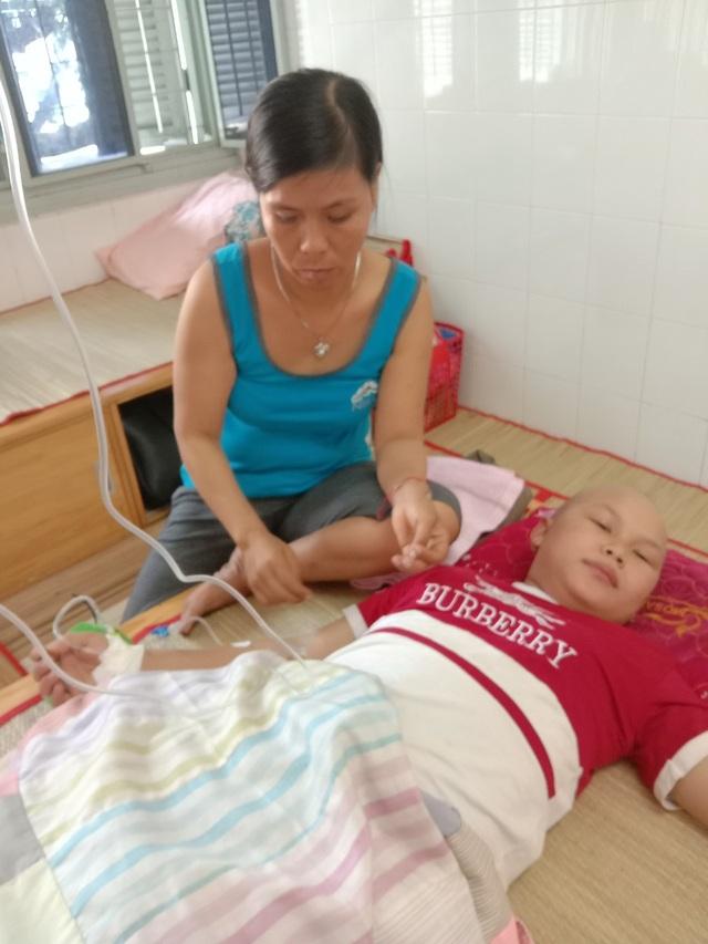 Xót xa cảnh gia đình khánh kiệt vì 3 đứa con  cùng lúc mắc bệnh hiểm nghèo - 6