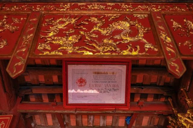 """Nhà cổ gỗ lim chứa toàn """"báu vật"""" độc nhất của dòng họ nức tiếng Hà Thành - 17"""