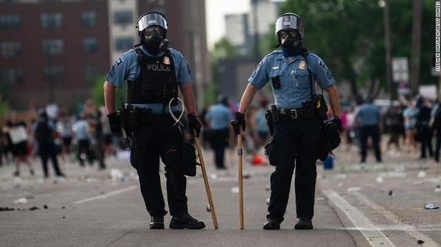 Làn sóng bỏ việc của các nhân viên cảnh sát Mỹ - 1