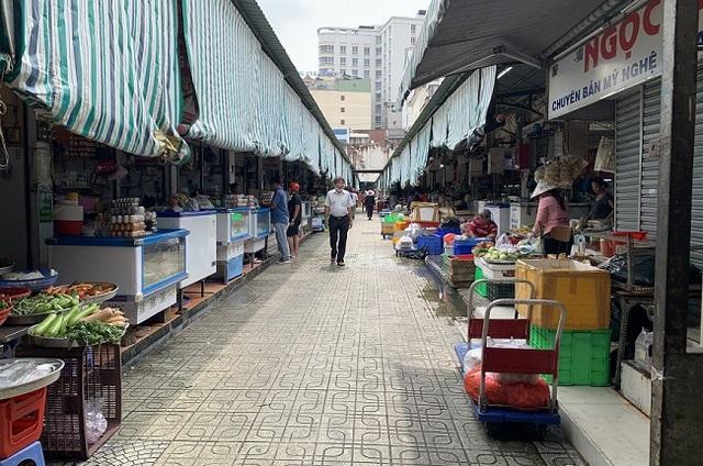Chợ Bến Thành vẫn đìu hiu mong khách du lịch - 5