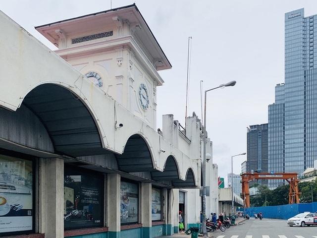 Chợ Bến Thành vẫn đìu hiu mong khách du lịch - 7