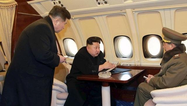 Chuyên cơ nghi của ông Kim Jong-un có đường bay lạ giữa lúc căng thẳng - 1