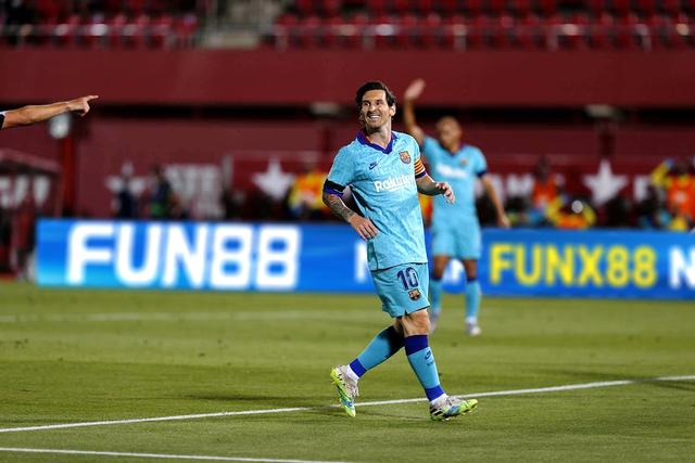 La Liga sôi động ngày trở lại sau dịch Covid-19 - 2