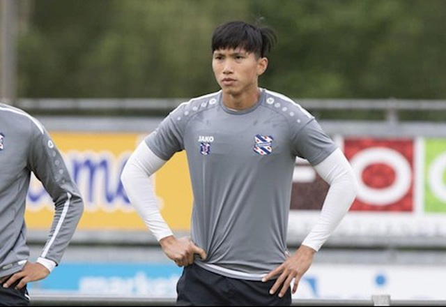 Danh sách cầu thủ rời khỏi Heerenveen: Không có tên Văn Hậu - 1
