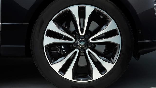Phiên bản đặc biệt Range Rover Fifty đánh dấu 50 năm truyền cảm hứng - 23