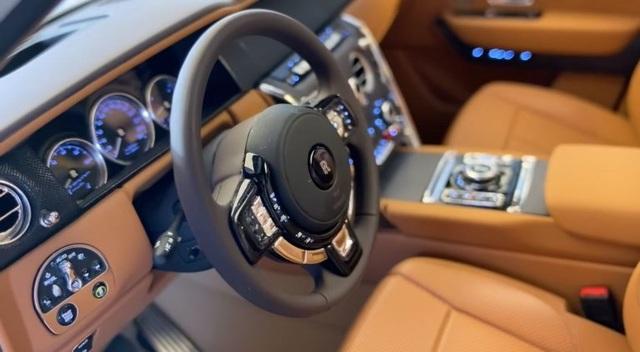 Mô hình xe Rolls-Royce tí hon đắt ngang BMW X3 - 2