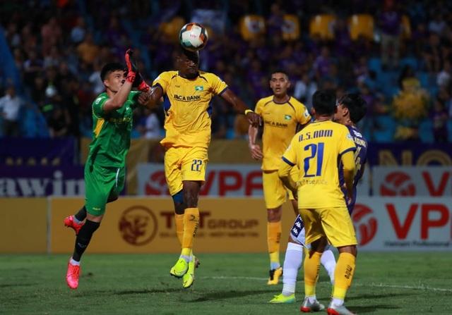 SL Nghệ An bất ngờ đánh bại CLB Hà Nội ở Hàng Đẫy - 2