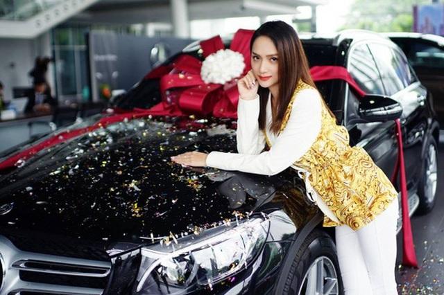 Khối tài sản đáng ngưỡng mộ của Hoa hậu Hương Giang ở tuổi 29 - 3