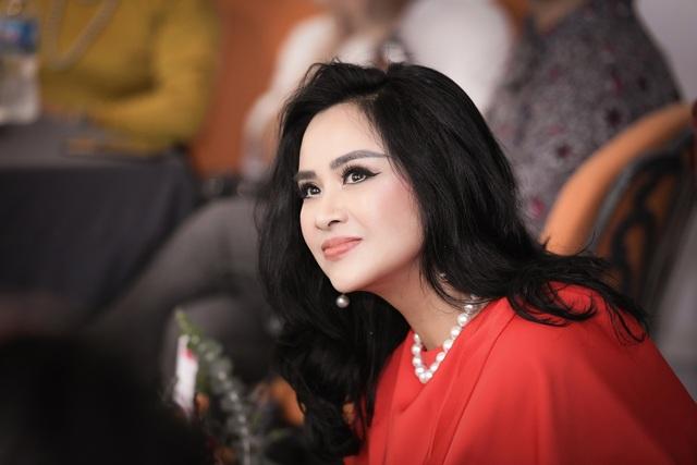 Diva Thanh Lam tiết lộ bạn trai có năng lượng sống tích cực - 2