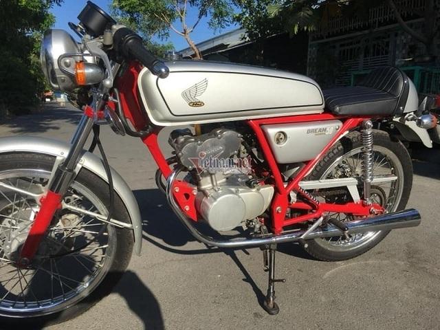 Honda Dream 50 đời 1997 giá trăm triệu ở Sài Gòn - 2