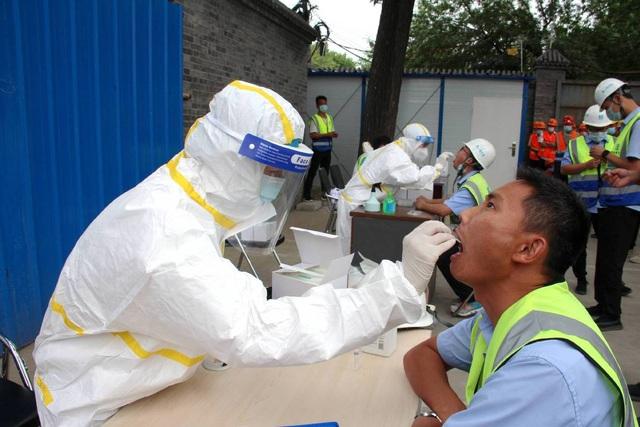 Chủng virus ở Bắc Kinh nguy hiểm hơn nhiều ở Vũ Hán - 1