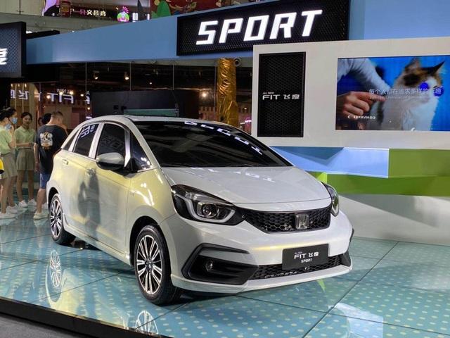 Honda Jazz 2020 thay đổi diện mạo - 4