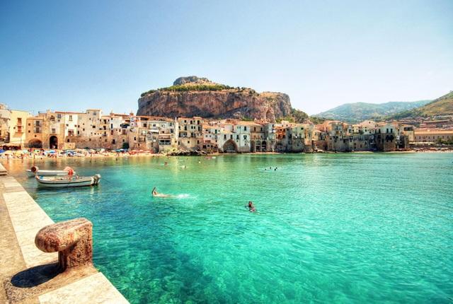 7 quốc gia cấp tiền cho khách tới du lịch sau COVID-19 - 1