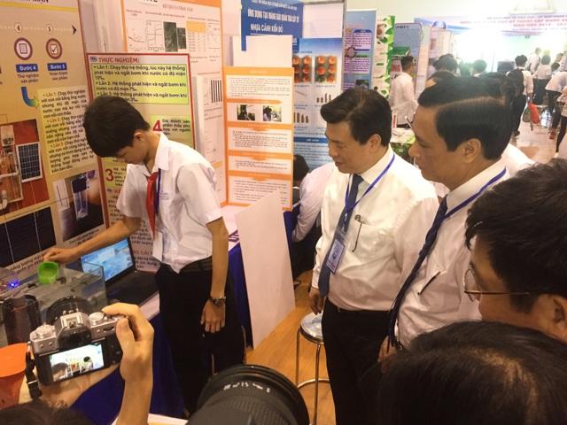 Khai mạc cuộc thi Khoa học kỹ thuật cấp quốc gia học sinh trung học - 2